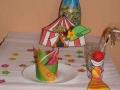 Stolování na klaunskou oslavu