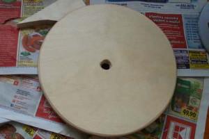 Vyřezaný kruh na houpačku