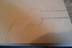 Nákres pistole na překližce