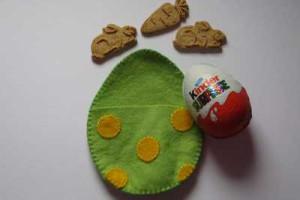 Filcové vajíčko po sešití