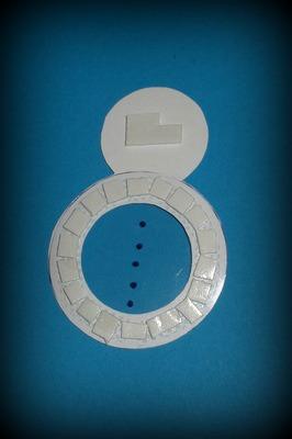 podlepování sněhuláka mechovou lepící páskou
