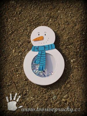 Hrkací sněhulák