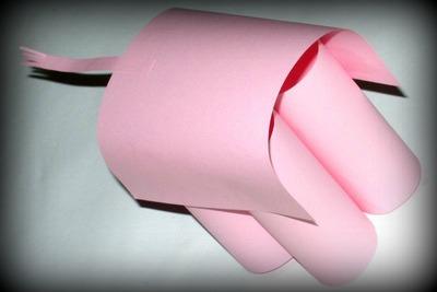 Tělo slona z papíru