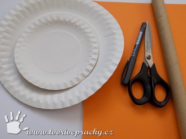 Materiál na výrobu svatomartinské husy z papírových talířů