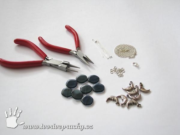 Materiál k výrobě cinkacího náramku