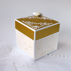 Zlatá svatební krabička na darování peněz