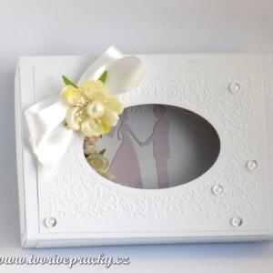 Zdobené svatební přání v krabičce