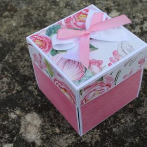 Květinová svatební krabička