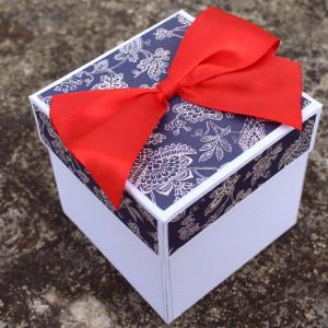Folklorní svatební krabička