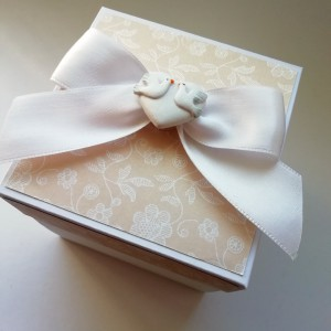 Meruňková svatební krabička na darování peněz novomanželům