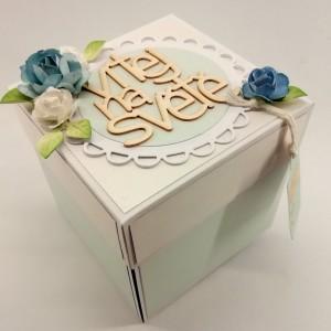 Krabička k narození miminka chlapečka s botičkou pro vložení peněz