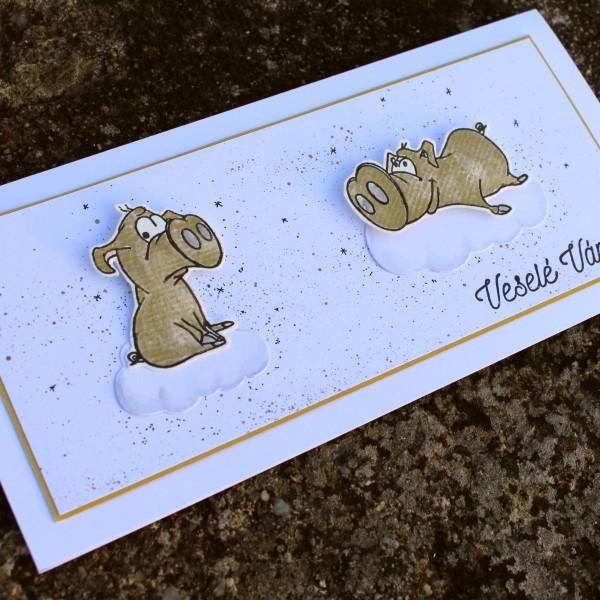 Vánoční přání se zlatými prasátky